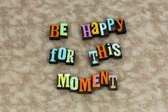 Sea feliz que el momento impresionante inspira foto de archivo libre de regalías