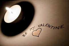 Sea mi nota de la tarjeta del día de San Valentín Fotografía de archivo libre de regalías