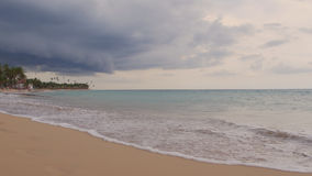 Sea shore in cloudy weather above Royalty Free Stock Images