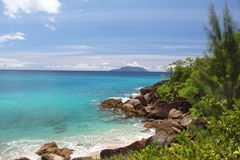 Sea view with rocks on the Seychelles Stock Photography