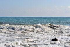 Sea wave rolled ashore Royalty Free Stock Photos
