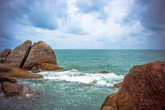 Sea waves crashing against the rocks, Koh Samui Royalty Free Stock Image
