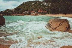 Sea waves crashing against the rocks, Koh Samui. Stock Images