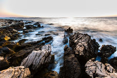 Sea waves crashing to rocks Royalty Free Stock Photography
