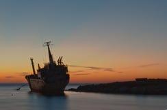 Seacavesschipbreuk Stock Foto