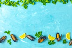 Seafood mussels with lemon and parsley royalty free stock images