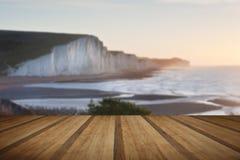 从Seaford头观看的七个姐妹sunrsie用木板条 库存照片