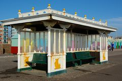 Seafront shelter on promenade at Hove, Brighton, England Stock Photography