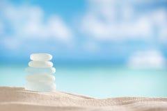 Seaglass de vidro do mar com oceano, praia e seascape Imagens de Stock Royalty Free