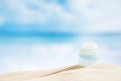 Seaglass de vidro do mar com oceano, praia e seascape Fotografia de Stock Royalty Free