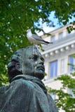 Seagull στο κεφάλι ενός αγάλματος Στοκ Φωτογραφίες