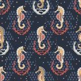 Seahorses de los azules marinos y playa náutica de las cáscaras stock de ilustración