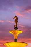Seahorsestandbeeld bij openbaar monument in Phuket, Thailand royalty-vrije stock foto's