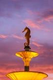 Seahorsestaty på den offentliga monumentet i Phuket, Thailand royaltyfria foton