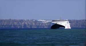 Seajet catamaran prom w Santorini Obrazy Royalty Free