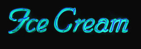 Señal de neón del helado Fotografía de archivo libre de regalías