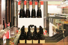 Sealing of wine bottles Royalty Free Stock Photography