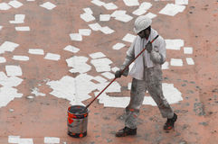 Seaman Painting His Ship novo fotos de stock