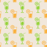 Seamless background with glasses of juice Royalty Free Stock Photography