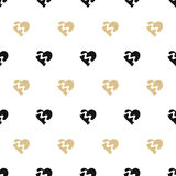 seamless background with gold and black hearts Royalty Free Stock Photos