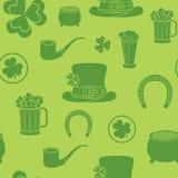 Seamless bakgrund för Sts Patrick dag De traditionella attributen stock illustrationer