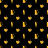 Seamless beer glasses pattern Royalty Free Stock Image