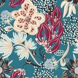 seamless blom- modell Hand dragen idérik blomma Färgrik konstnärlig bakgrund med blomningen Abstrakt ört Arkivfoton