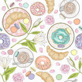 Seamless breakfast pattern with flowers, pastries and coffee. Vector background with macaroons, donuts, croissants and coffee Royalty Free Stock Photography