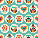 Seamless cartoon owls birds pattern Royalty Free Stock Photos