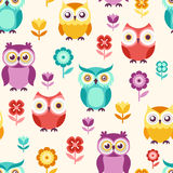 Seamless cartoon owls pattern Stock Photography