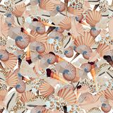 Seamless colorful background made of  shell and conch in flat de Royalty Free Stock Images