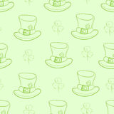Seamless contours of hats and shamrocks Royalty Free Stock Images