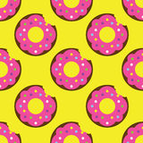 Seamless donut pattern. Yellow texture white design pattern background pink art  illustration decoration isolated snack color, food cake sweet sugar delicious Royalty Free Stock Photography