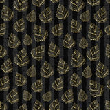 Seamless gold pattern with hand drawn tree leaves such as oak and holly, chestnut and birch, aspen and linden, poplar and sassafra. Seamless pattern with hand Royalty Free Stock Photos
