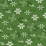Seamless green pattern with flowers Royalty Free Stock Photos