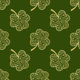 Seamless green shamrocks Stock Photography