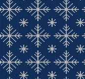 Seamless knit pattern with snowflakes Royalty Free Stock Photography