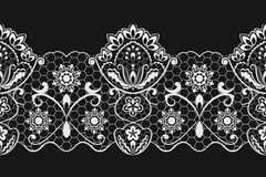 Seamless lace pattern. Seamless black and white horizontal lace pattern Royalty Free Stock Images