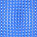 seamless lacy modell Vit som upprepar rasterbakgrund på blått Royaltyfri Foto