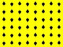 seamless modell Abstrakt begreppsidor av svarta träd på en gul bakgrund vektor Royaltyfri Bild