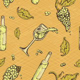 Seamless pattern of an alcoholic beverage and grapes on grunge background. Bottle white wine. Seamless pattern of an alcoholic beverage and grapes on grunge Royalty Free Stock Photography