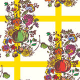 Seamless pattern with autumn flowers and fruits Royalty Free Stock Photos