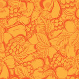 Seamless pattern with autumn fruits and leaves. Royalty Free Stock Images