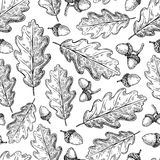 Seamless pattern with autumn leaves. Oak leaf and acorn d