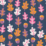 Seamless pattern with autumn oak leafs and acorns Stock Images