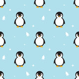 Seamless pattern Baby Penguin standing on sky blue background. Royalty Free Stock Photos