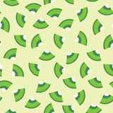 Seamless pattern background of Kiwi fruit graphic. Royalty Free Stock Images