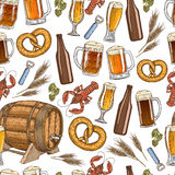 Seamless pattern of beer icons Royalty Free Stock Photos