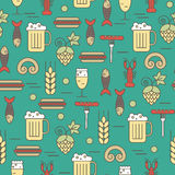Seamless pattern beer and snack icons. Royalty Free Stock Images
