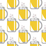 Seamless  pattern with closeup beer glasses on the white background. Royalty Free Stock Photography